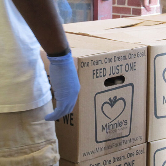 MARCH Awards $10k Grant to Minnie's Food Pantry
